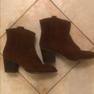 Steve Madden Brown Cowboy Style Heeled Booties